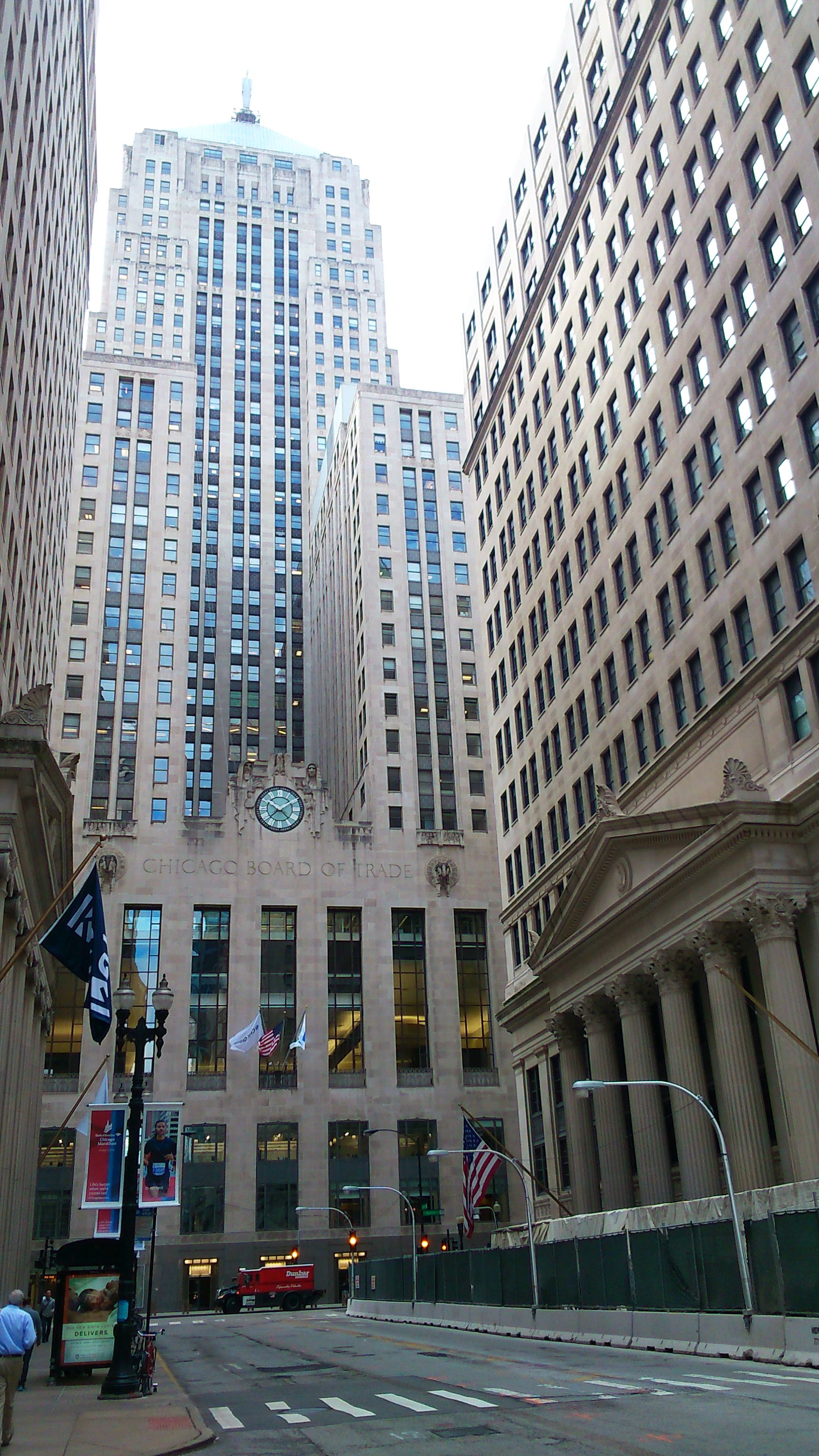 Chicago Board of Trade, jedna z najstarších búrz na svete založená v 1848