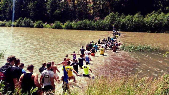 Valča Spartan Super 2014 - vodná priekopa